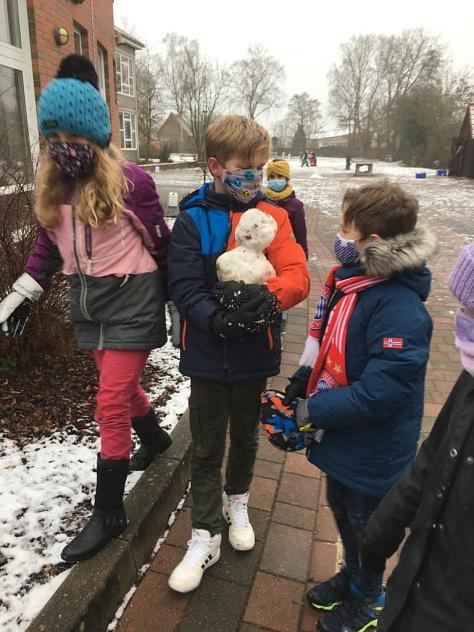 Schnee©Grundschule Landesbergen